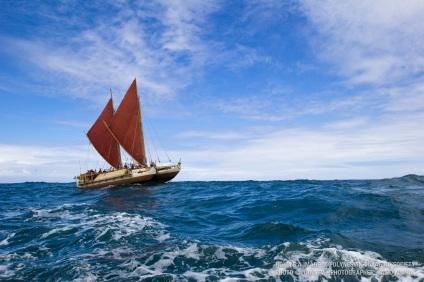 Hōkūle'a on the Horizon